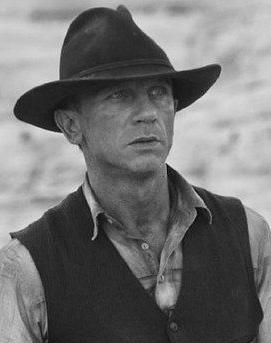 Daniel Craig /Actor